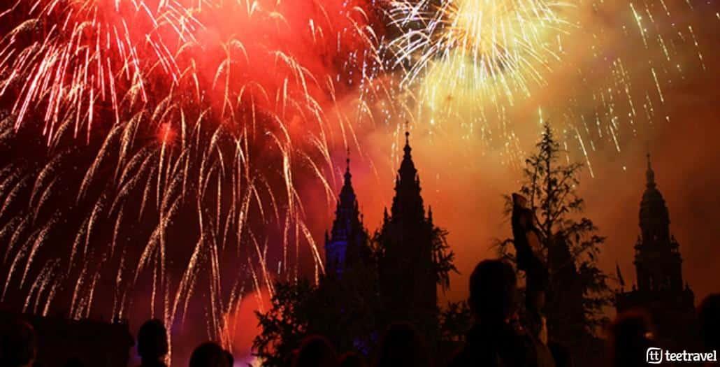 Fuegos del Apóstol la noche del 24 de julio