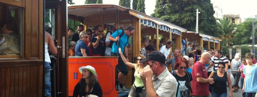 Otoño también es Mallorca en Serra de Tramuntana - Viaje en tranvía