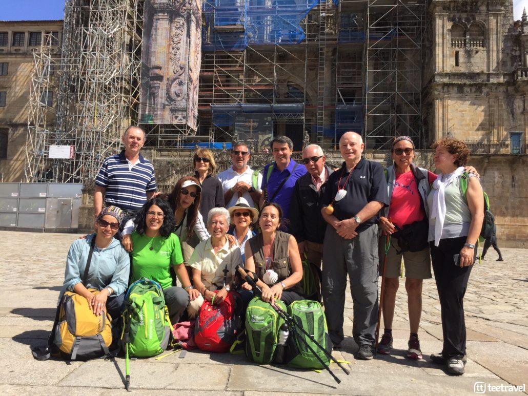 Grupo Tee Travel guiado con mochilas Columbia