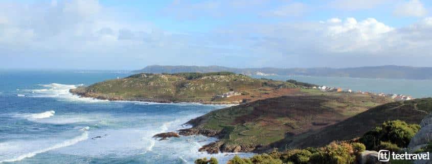 Camiño dos Faros, vista a Laxe y Faro Roncudo
