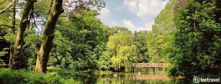 Jardin Botanico de Alcsut, a una hora de Budapest entre la infanta María Ana de Austria y el príncipe Carlos Estuardo de Gales