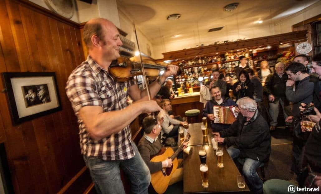 Escena típica en Pub escocés. Copyright © VisitScotland
