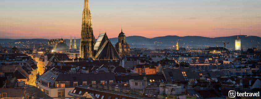 Vista nocturna de Viena