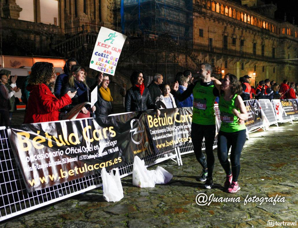 Numerosas personas se acercaron a animar a los participantes de la carrera - ©Juanma Fotografía