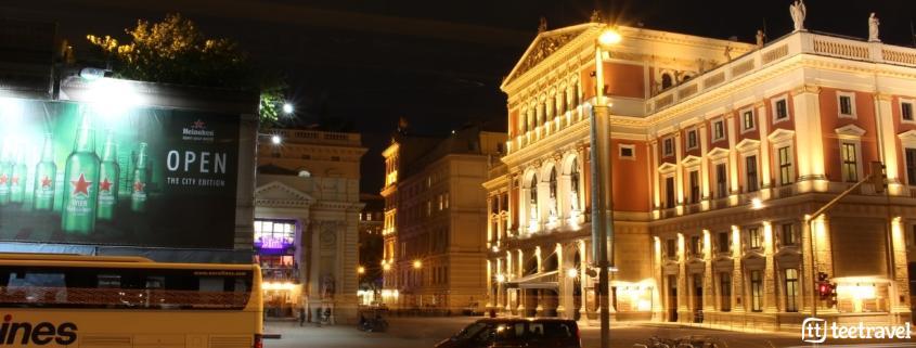 Viena y la música clásica- La ciudad de Viena de noche-Wiener Musikverein donde se celebra el Concierto de Año Nuevo