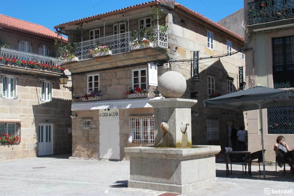 Cambados, la capital del albariño- Disfruta tomando algo en sus plazas
