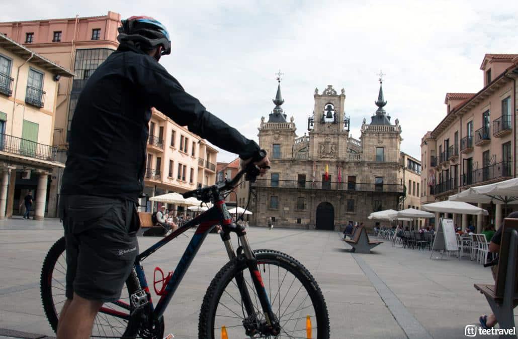 Camino de Santiago en bici desde León: Astorga