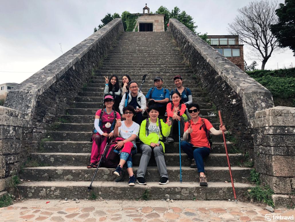 Camino Francés: Patrimonio de la Humanidad - Peregrinos en Portomarín