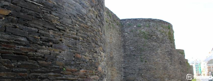 Que hacer en el Camino Primitivo - Pasear por la muralla romana en Lugo