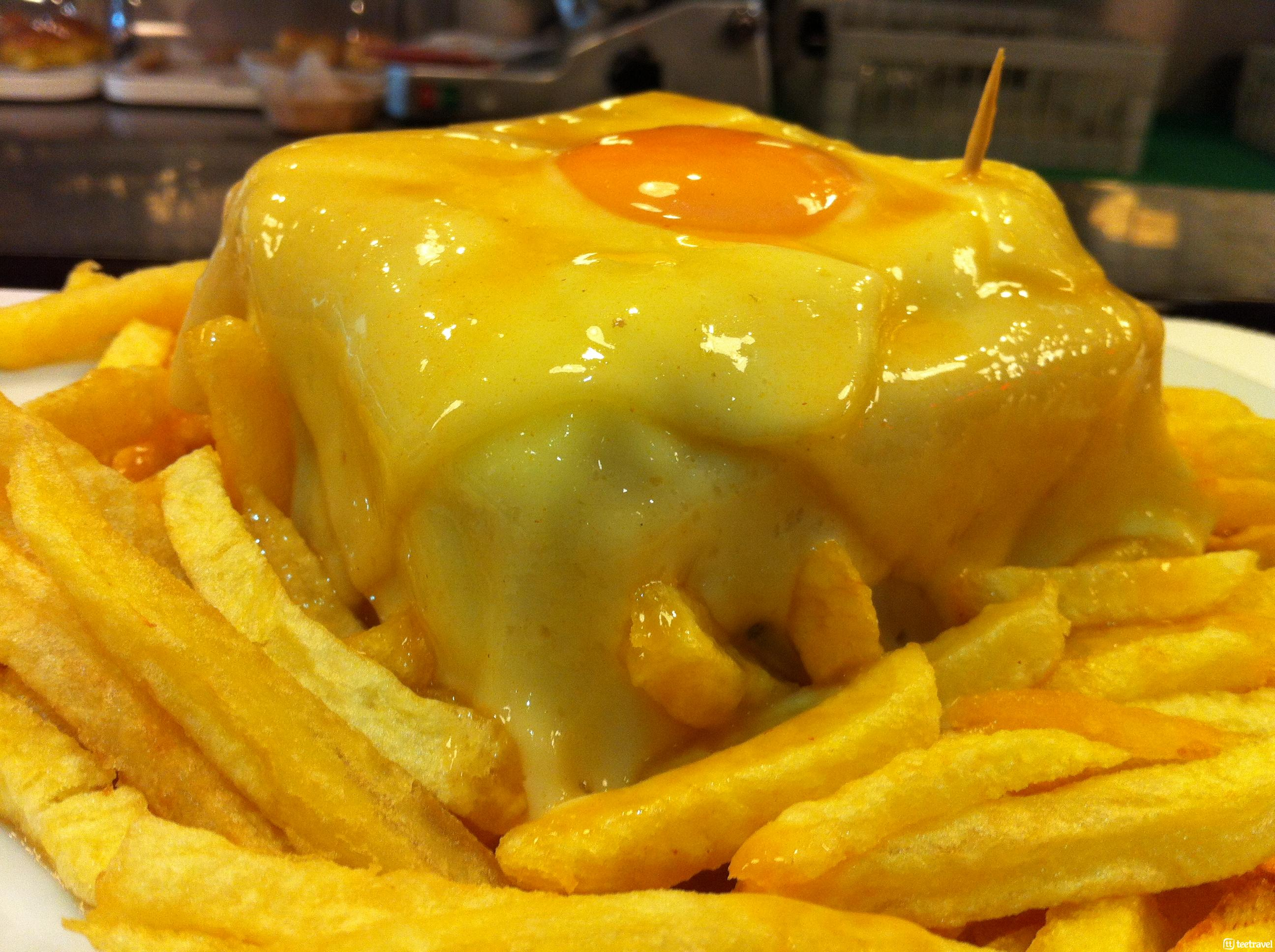 Plato Típico de Portugal: Francesinha by Jeremy Keith