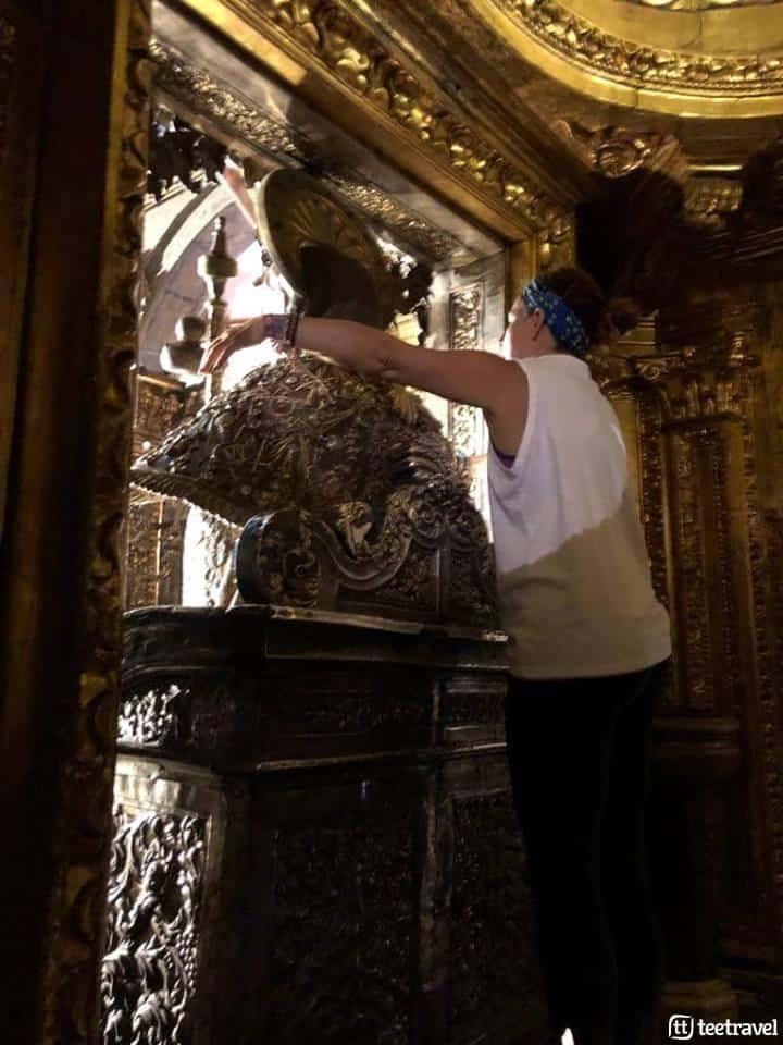 Obras en el interior de la Catedral - Abrazo al Apóstol Santiago