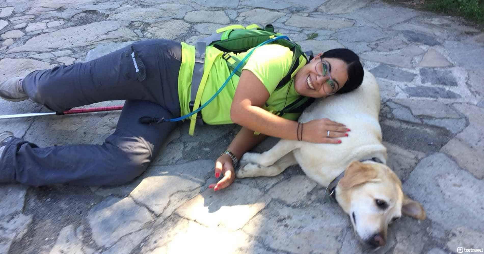 El Camino de Santiago con tu mascota - peregrina junto a su mascota