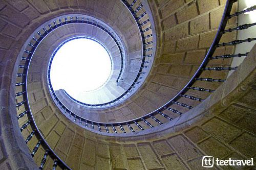 Museo do Pobo Galego - Triple escalera helicoidal