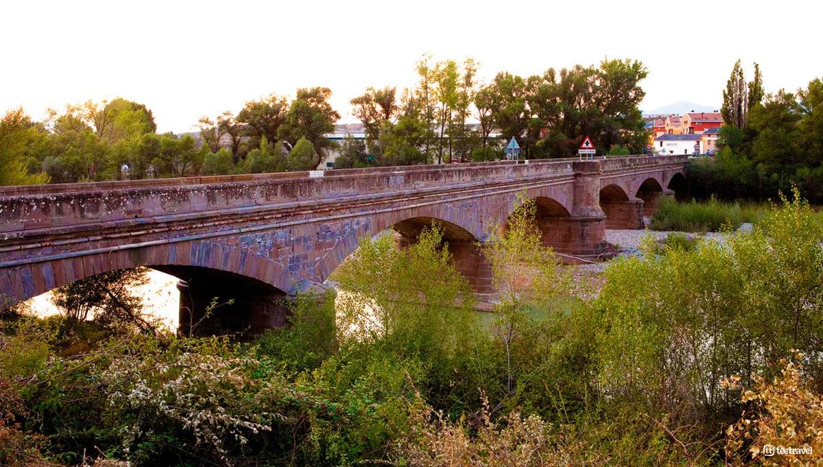 Puente la Reina de Jaca - Camino de Santiago Aragonés