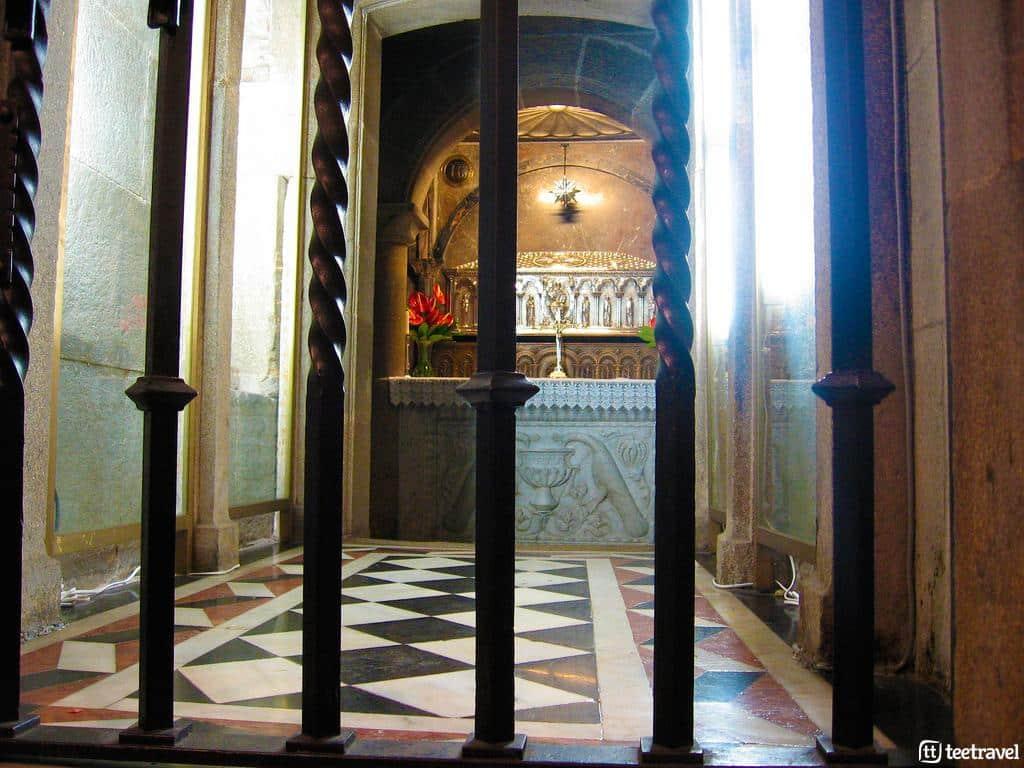Tumba del Apóstol Santiago en la Catedral de Santiago de Compostela