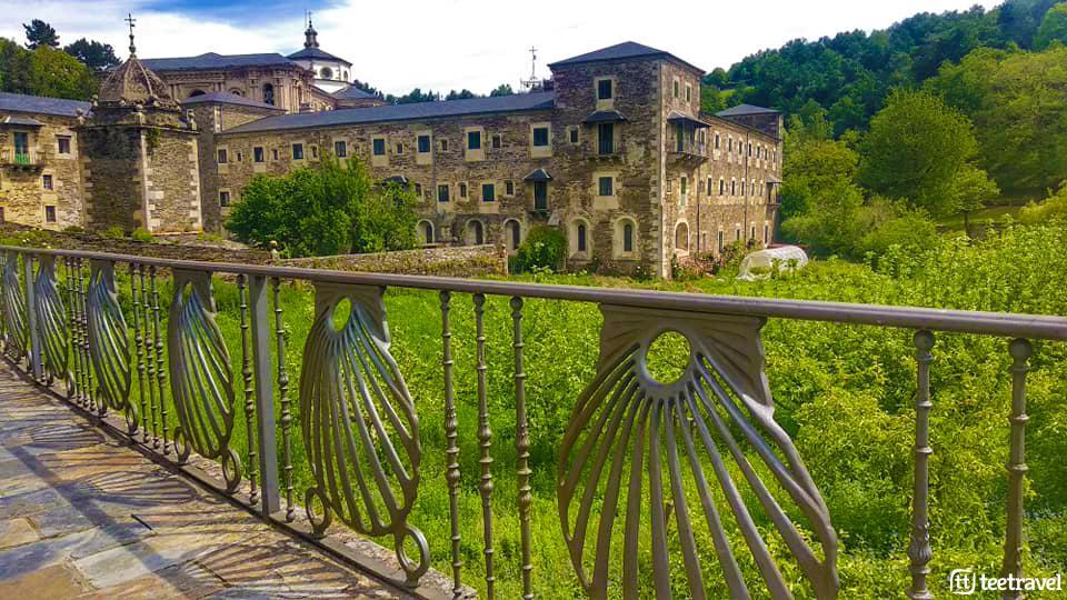 Monasterio de Samos - Camino Francés
