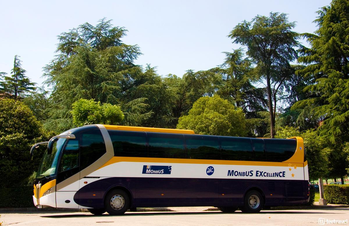 Autocar de Monbus - Santiago de Compostela