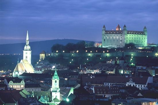 Bratislava de noche