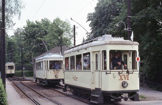 Tren de ida y vuelta a la montaña Pöstlingberg