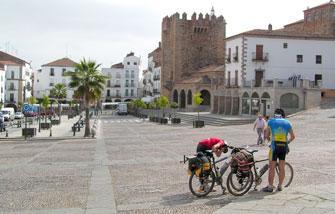 La Vía de la Plata en bici de Sevilla a Cáceres