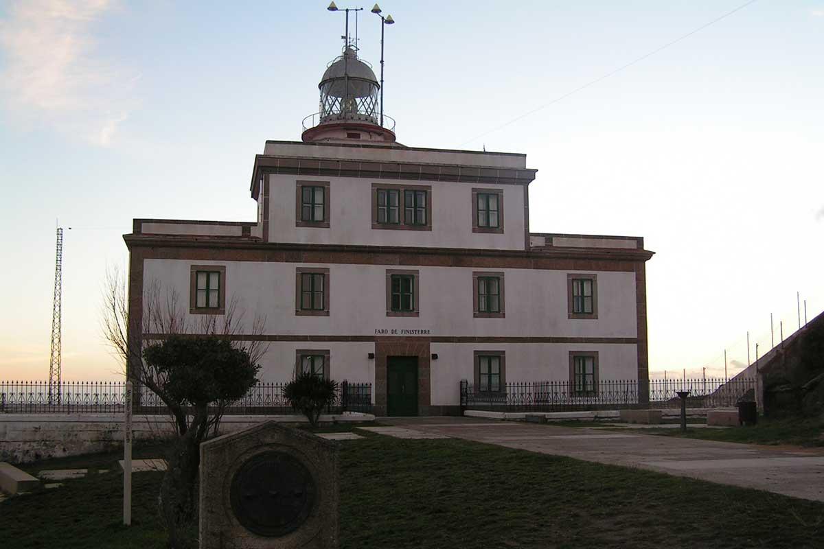 Camiño dos Faros - Faro de Fisterra
