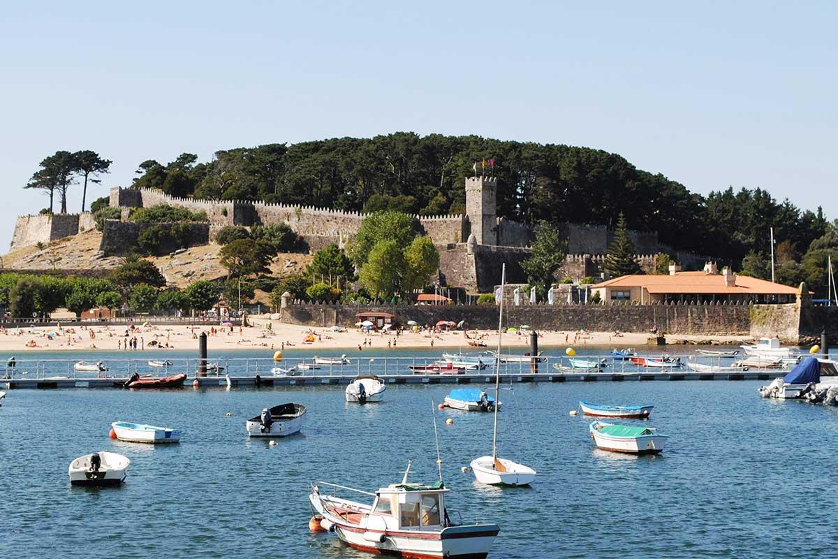 Camino Portugués por la Costa - Baiona - Castillo de Monterreal