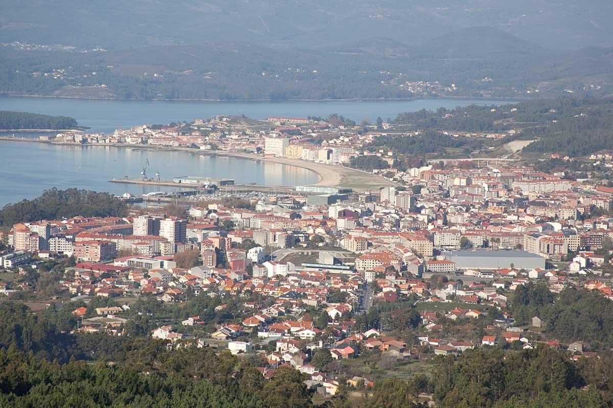 Rías Baixas - Vista de Vilagarcía de Arousa desde el Mirador de Lobeira