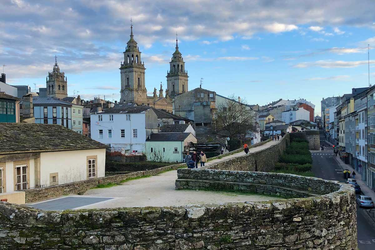 Lugo - Muralla y Catedral de Lugo