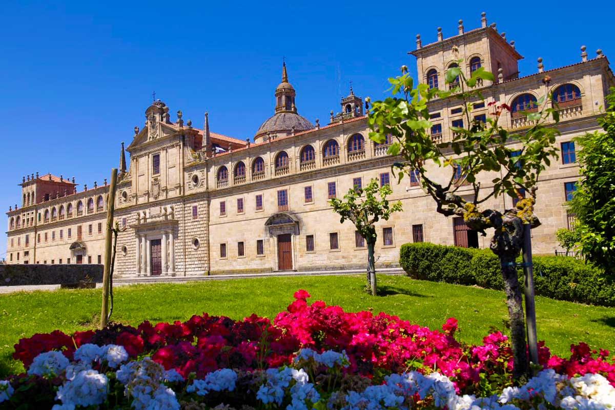 Monforte de Lemos - Monasterio Colegio de Nuestra Señora de la Antigua