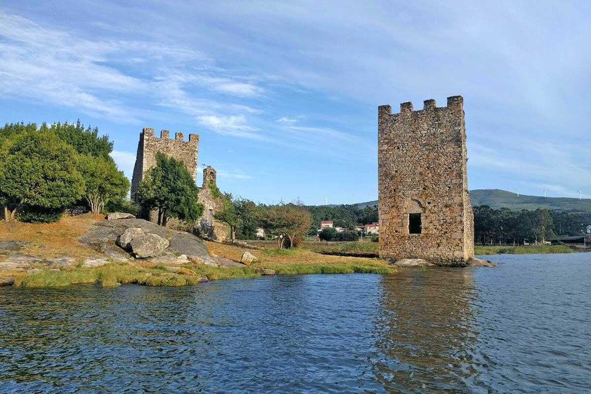 Rías Baixas - Ría de Arousa - Catoira - Torres de Oeste