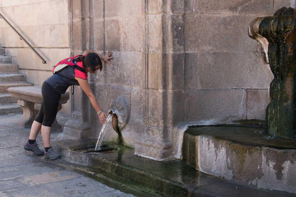 Vía de la Plata - Ourense - Terma - Fuente con Agua Termal